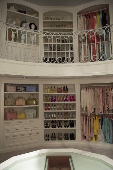 Chanel Oberlin closet is filled with designer couture, handbags, shoes,  hats and the most amazing accessories. Scream Queens is in style September  22 at on ...