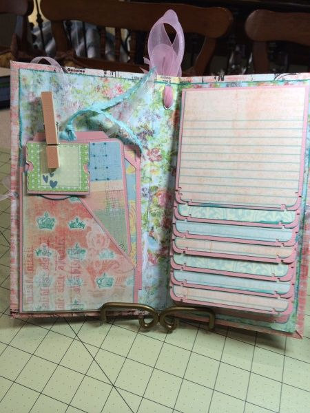 522 best images about scrapbook mini albums on pinterest for Waterfall design in scrapbook