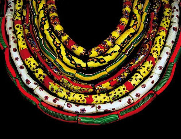 Le perle di vetro nei gioielli africani