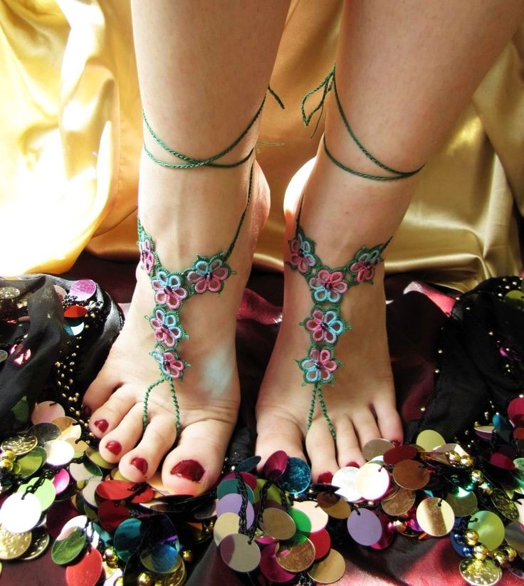 Lacy flower tatting barefoot sandals