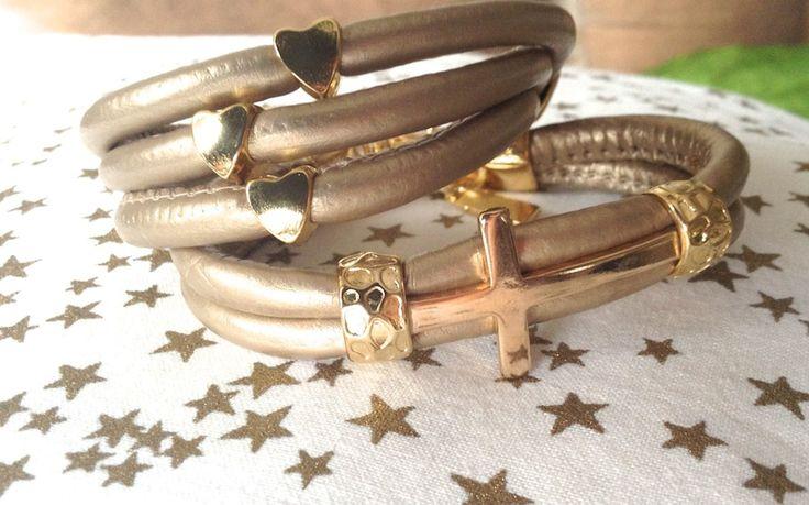 Ozzi Jewellery:Beautiful leather bracelets with golden plated details.  Price:15e #bracelets #leather #OZZIjewellery #xmas #gift