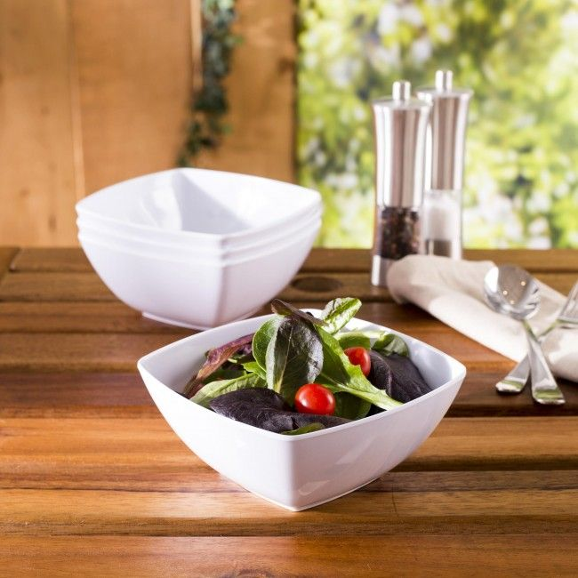 Our Quad bowls are perfect for your outdoor serving. Whether you are having a casual BBQ in the backyard, an afternoon pool party or dinner on the deck at the cottage, these clean white bowls are the perfect choice for summer entertaining.