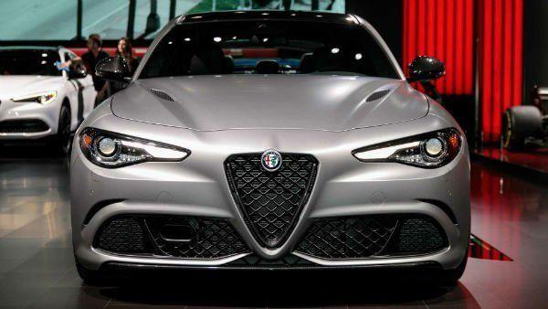 2020 Alfa Romeo Stelvio Alfa Romeo Stelvio Alfa Romeo Romeo