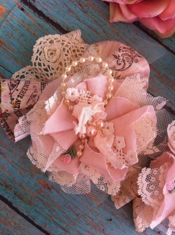 Arranque banda de la flor rosa y marfil / Boot por DolledandDazzled
