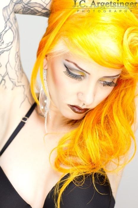 yellow manic panic hair dye!!!!!!!!!!!!!!!!!!!!!!!!!