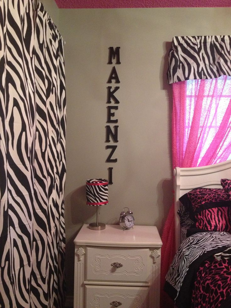 133 best Pink Zebra Bedrooms www.glimmersprinkles.com images on ...
