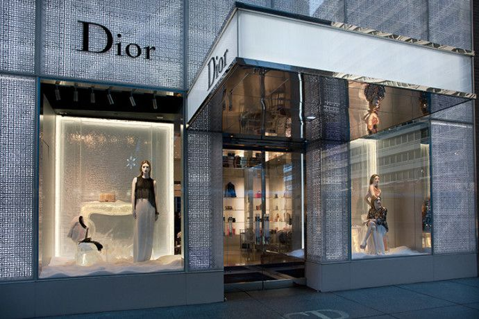 Dociax: Christian Dior One of the World's Top Fashion Hous...