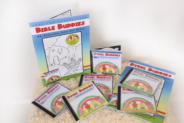 """""""Bybel Buddies"""" is 'n reeks met 36 Bybelstories op CD voorgelees deur bekende akteur Deon Lotz. Die reeks het ook 'n A4 aktiwiteitsboek.  CDs (6 stories elk) @ R90  Stel van 6 CDs + boek @ R550    Bestel by www.AnnaEmm.co.za of 021 930 0908"""