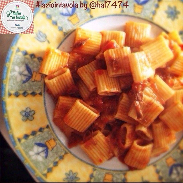 Continuiamo con la tradizione gastronomica del #Lazio. Ecco la ricetta della 'pasta con coda alla vaccinara' #italiaintavola #laziointavola