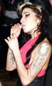 Make an Amy Winehouse Costume