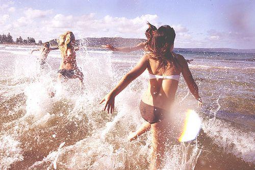 : Pink Summer, Splish Splash, Girls Photography, The Ocean, Friendship Quotes, Summer Fun, Beaches Girls, The Waves, Summer Time