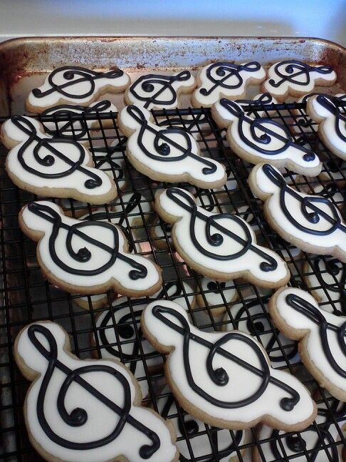 Treble clef for Brianna's band awards banquet