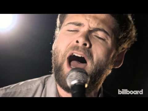 """▶ Passenger """"Scare Away The Dark"""" LIVE Billboard Studio Session - YouTube  """"Devíamos correr pela floresta Devíamos nadar nas correntes Devíamos rir, devíamos chorar Devíamos amar, devíamos sonhar Devíamos observar as estrelas e não apenas as telas Você devia ouvir o que estou dizendo E saber o que significia"""""""