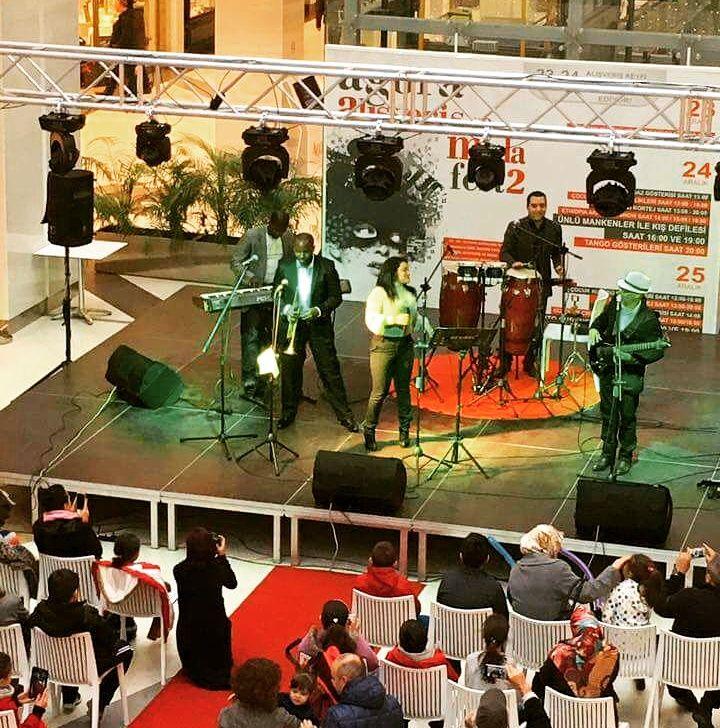 Kübaya Müzikal Bir Yolculuk - En İyi Konak Profesyonel Müzik Grupları gigbi'de