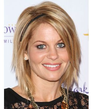 Such a cute example of choppy layers, great length! A cute color always makes this cut better. Shows off the layers!