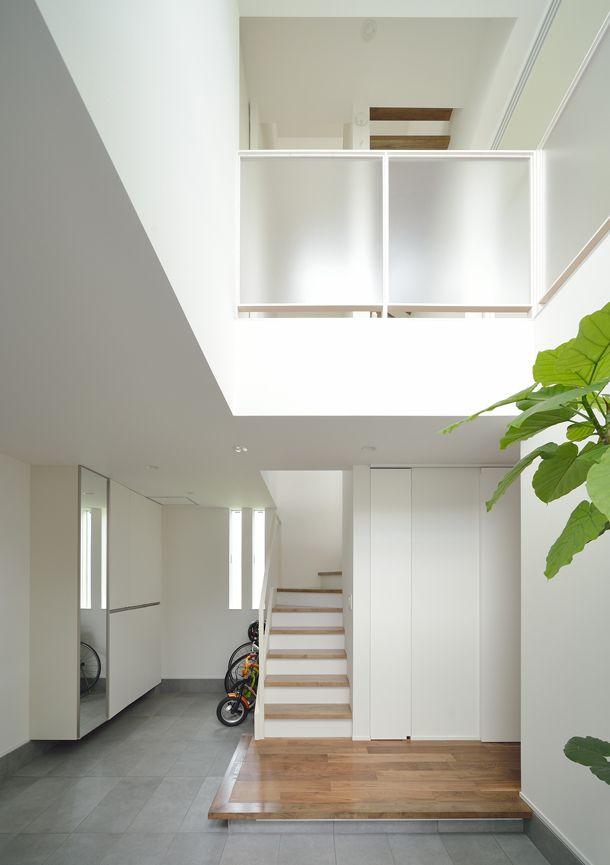 白を基調とした吹き抜けのある家・間取り(東京都世田谷区) | 注文住宅なら建築設計事務所 フリーダムアーキテクツデザイン