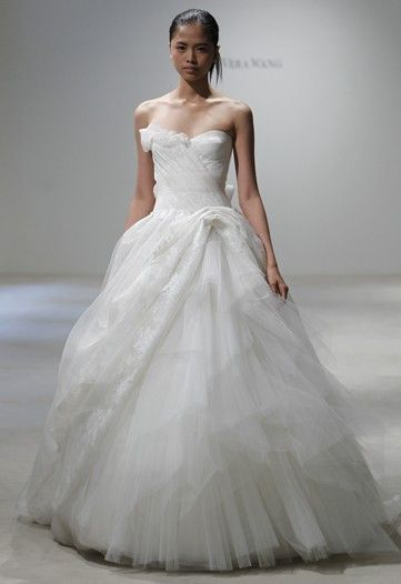 Vera Wang Frieda Painted Organza Wedding Dress | Nearly Newlywed