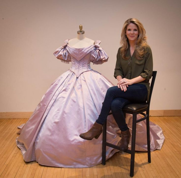 """Kelli O'Hara, star of """"The King and I"""" with the lavender gown she wears for the song """"Shall We Dance"""" in the show.  I thought mom would like to see this article."""