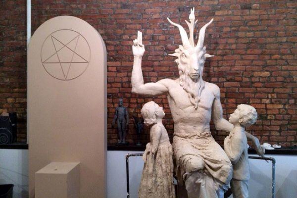 Instalarán escalofriante estatua satánica en Capitolio de EE.UU -