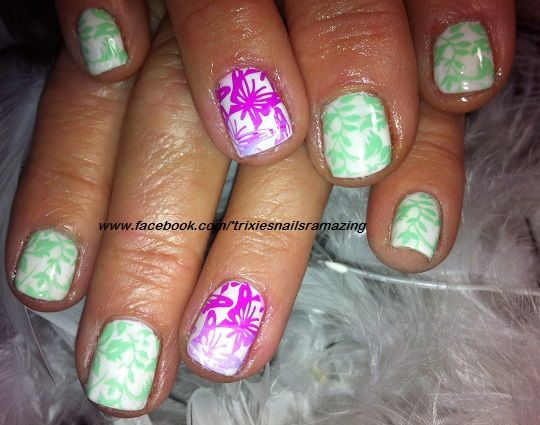 #Gelpolish #naturalnails #stamping #butterflies