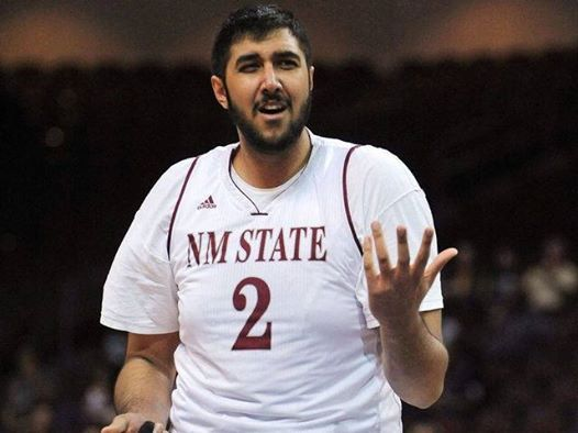 Kings sign 7-foot-5 Sim Bhullar   The Sacramento Kings made a large acquisition on Thursday, signing 7-foot-5 undrafted center Sim Bhullar. The Canadian joins fellow countryman Nik Stauskas on the Kings' roster after the two played together on Sacramento's Las Vegas Summer League team. Bhullar appeared sparingly in four games, averaging 0.5 points and 0.5 rebounds in 2.5 minutes.   www.royalewins.com