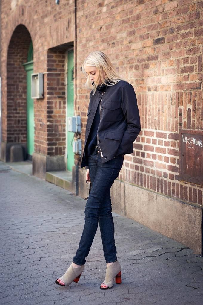 Hope SS15 - Rey Coat with denim creates the perfect everyday look. http://hope-sthlm.com/rey-coat-black-dobby  Source:http://ellenclaesson.metromode.se/2015/03/19/thursday-193/