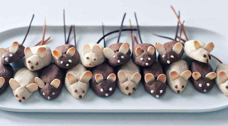 Mini Mice Cookies and a Virtual Cookie Swap!