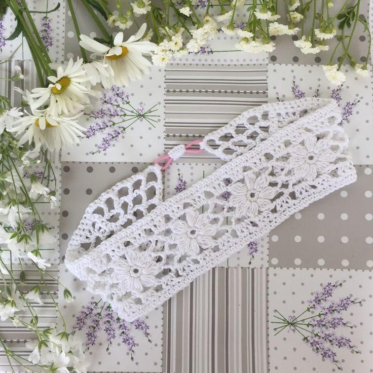 Pannband med blommor