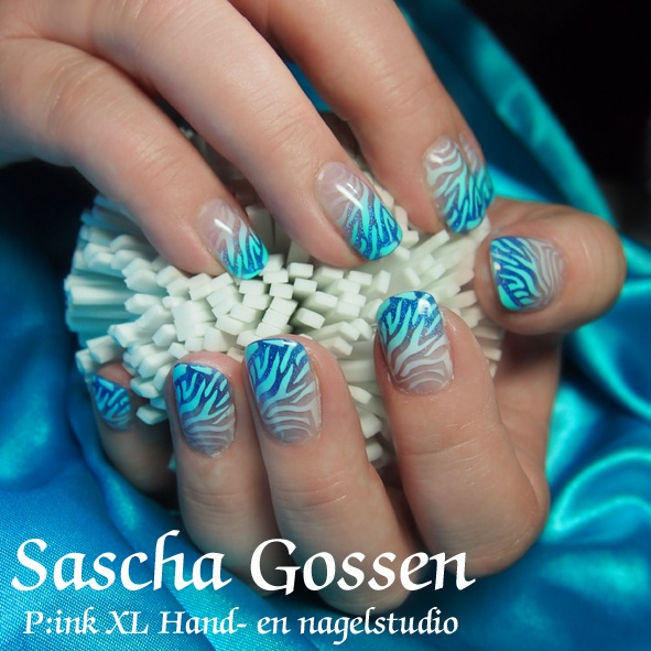 Acrylic nails with airbrush...