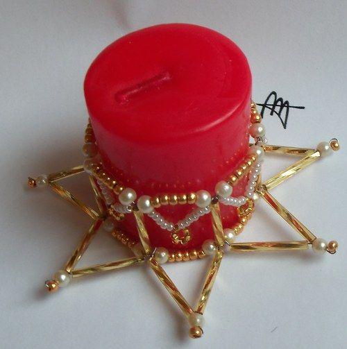 Svícínek z korálků zlatý