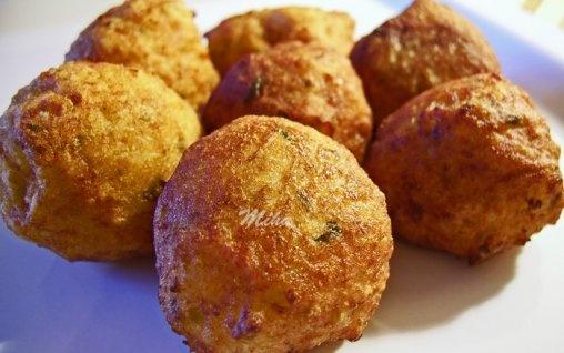 Retete Culinare - Chiftelute picante de cartofi