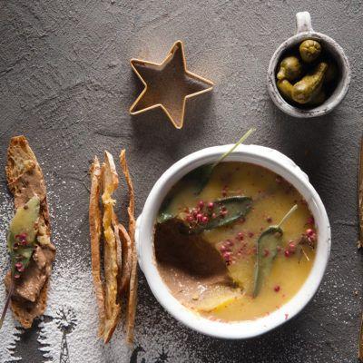 Taste Mag | Chicken liver pâté @ https://taste.co.za/recipes/chicken-liver-pate-2/