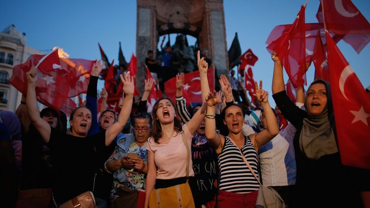A pro-government rally in central Istanbul on Saturday.