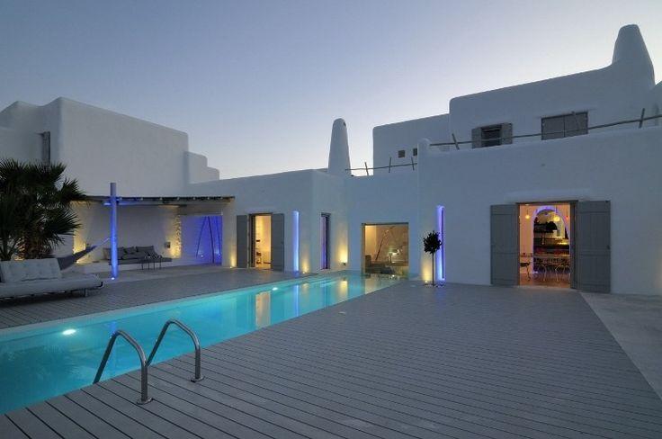 Summer House in Paros by Alexandros Logodotis.