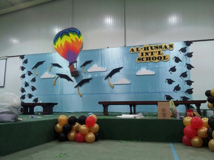 Decor for graduation of kindergarten art works - Kindergarten graduation decorations ...