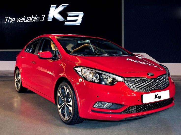 Kia Cerato 2013 red