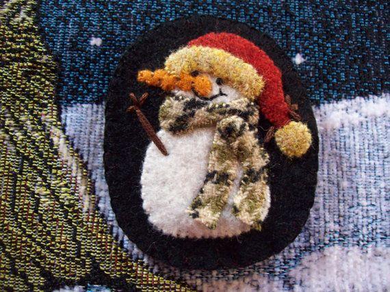 Happy Little Snowman Brooch Christmas Felt Pin by rustiquecat