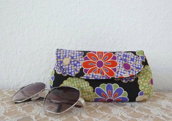 Chirimen Eyeglass Case or Sunglass Case with by Kokondesign, €24.00