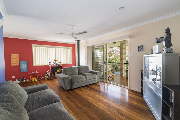 Lounge 2015 (tenant's furniture)