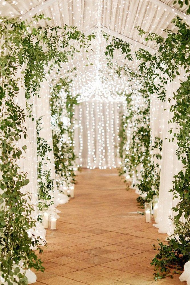 21 Natural Wedding Decor Ideas � natural wedding d�cor barn aisle with lanterns garland and greenery imryanray #weddingforward #wedding #bride #weddingdecor #naturalweddingdecor