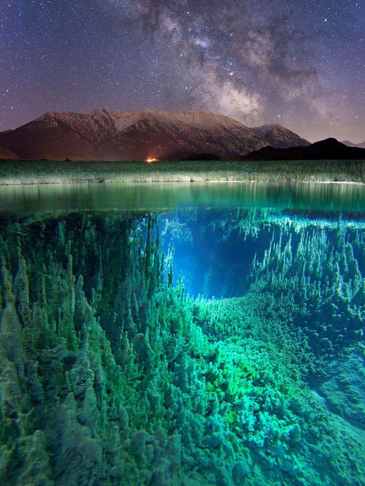 Млечный Путь, горный пейзаж и сумрачные глубины немецкой реки в одном изображении