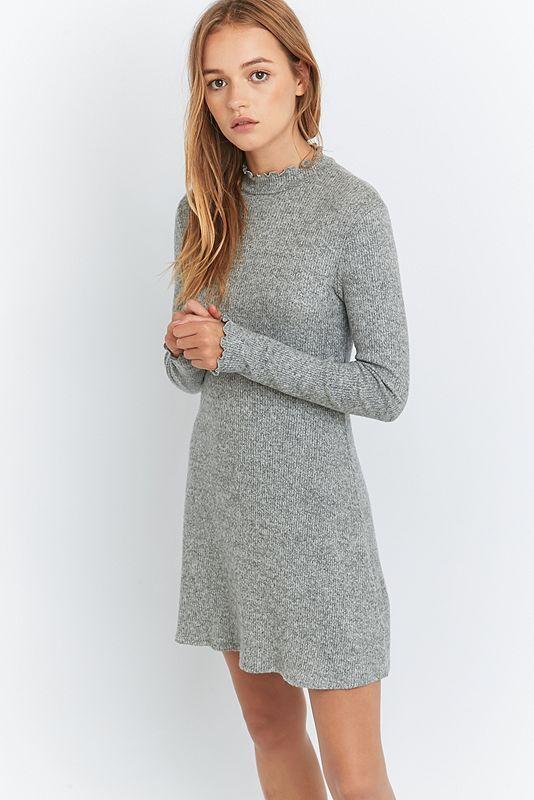 8111c5fe9123 Pins   Needles - Kuscheliges Kleid mit gewellten Abschlüssen   Kleider    Pinterest   Abschluss, Urban outfitters und Wellen