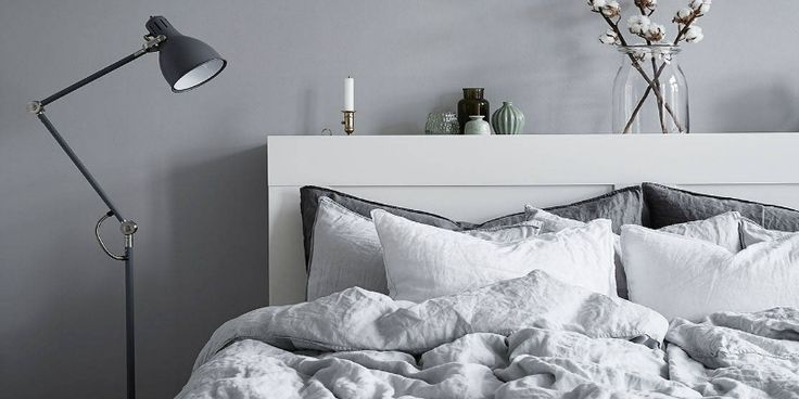 Any modern and it bedroom design must have a few essentials, such as a trendy mid-century bureau and some of the best modern floor lamps.
