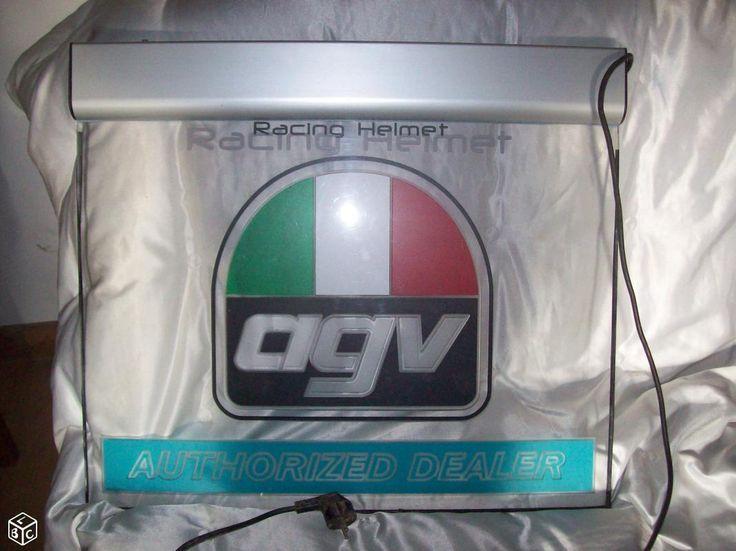Enseigne pub lumineuse casques AGV