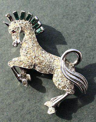 TRIFARI-Alfred-Philippe-Green-amp-Clear-Rhinestone-039-Prancing-Horse-039-Pin-Brooch
