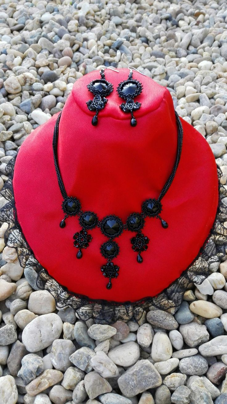 'Black Diamond' swarovski necklace