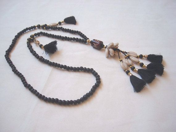 TASSEL NECKLACE with black wood beads. Black by ExtravaganzaBali