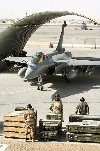 French Armée de l'Air Dassault Rafale ready for stores during Opération Serpentaire, Afghanistan.