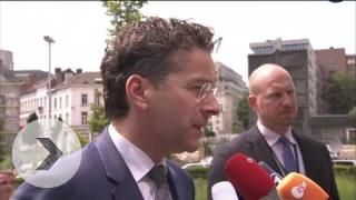 Extraordinary #Eurogroup meeting - Eurogroup President @J_Dijsselbloem on the Greek proposal http://nwsr.eu/dPK