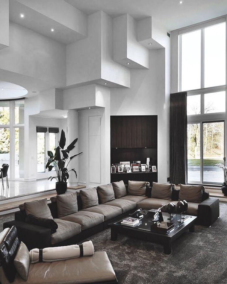 A classic elegant and luxury living room